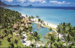 La Pirogue Sun Resort & Spa